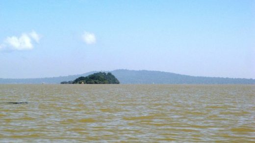 Brown-Lake-Tana