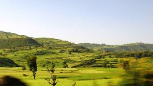 Morning-Road-To-Gonder